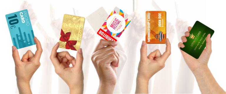 Naj bo vaša plastična kartica fantastična!